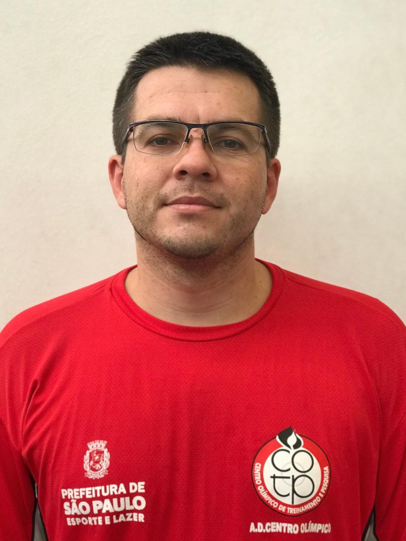 <b>Caio Guilherme</b>
