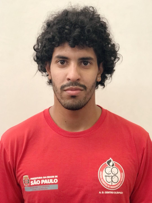 <b>Matheus Lara</b>